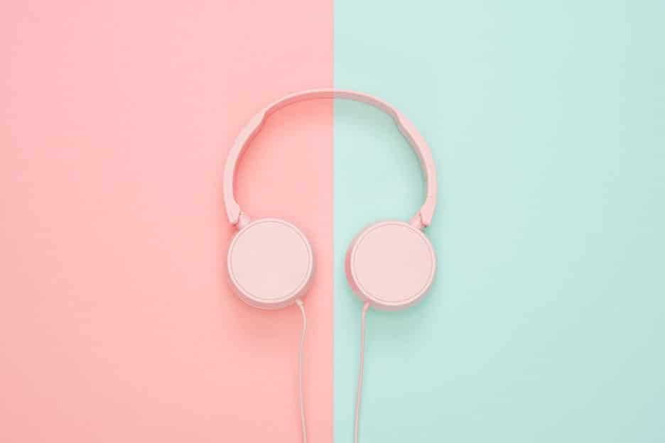 Side headphones